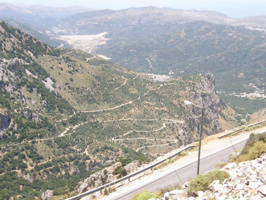 Płaskowyż Lasithi - panorama z pozostałości po starych wiatrakach