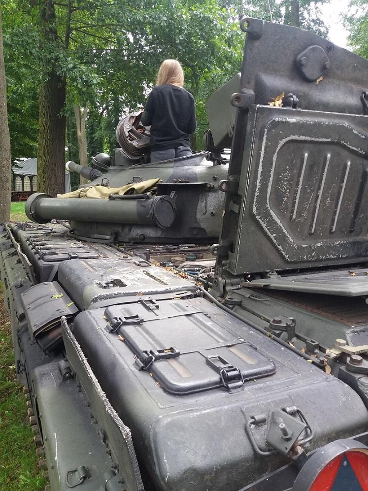 Odpalanie czołgu T-72 polskiej produkcji