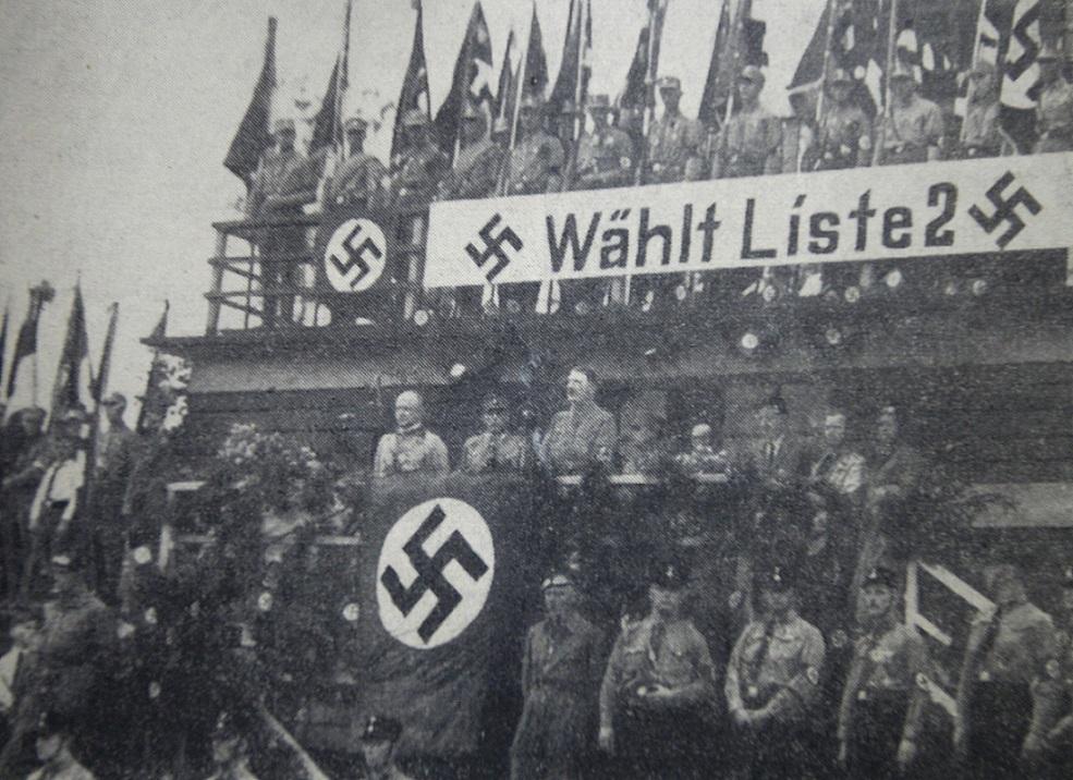 Wiec wyborczy Hitlera na wałbrzyskim stadionie miejskim